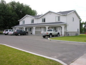 c02abadf5a85d Ballard Apartments